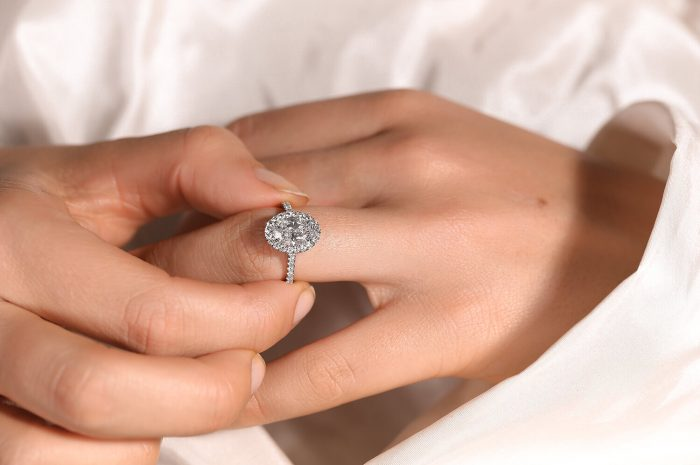5 Things to Consider When Choosing a Lab-Grown Diamond Engagement Ring