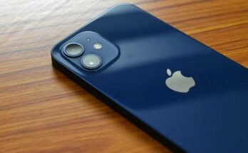 Apple again accused of slowing down the iPhone