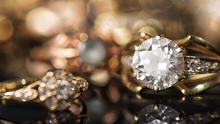 Jewellery Business Provides
